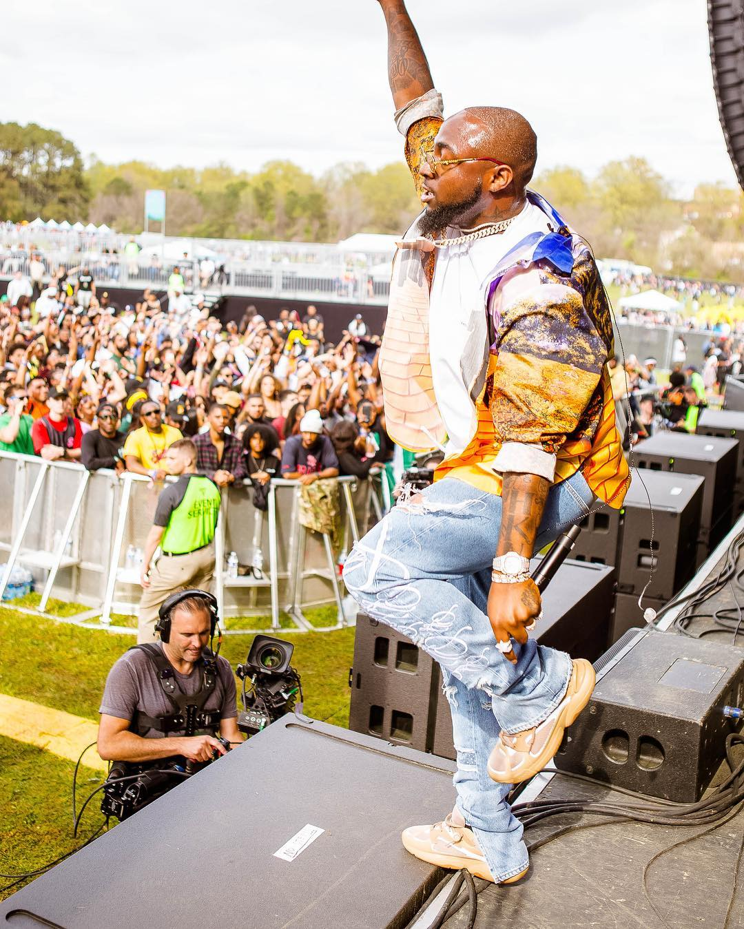 Watch Davido's Energetic Performance At J.Cole's Dreamville Festival In US [Photos/Video] 3