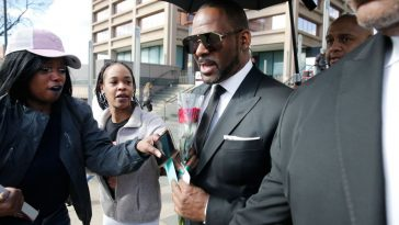 R. Kelly Has Been Paid For Club Appearance, He Wants You All To Take It Easy On Him 6