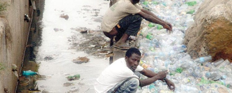 Clean Nigeria: UNICEF, DFID and European Union tackle open defecation in Nigeria. 3