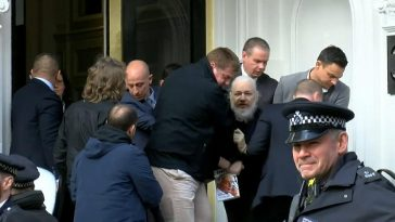 WikiLeaks Founder, Julian Assange Arrested, Charged With Computer Hacking Conspiracy 1