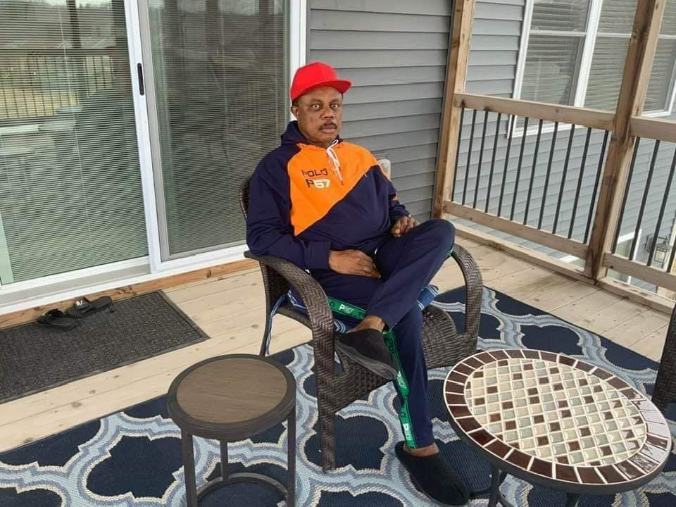 Governor Obiano Spotted Chilling With His Wife In The US, Speaks About His Wealth [Photos] 2