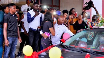 Man Proposes To His Girlfriend With A Brand New Car In Anambra [Photos/Video] 1