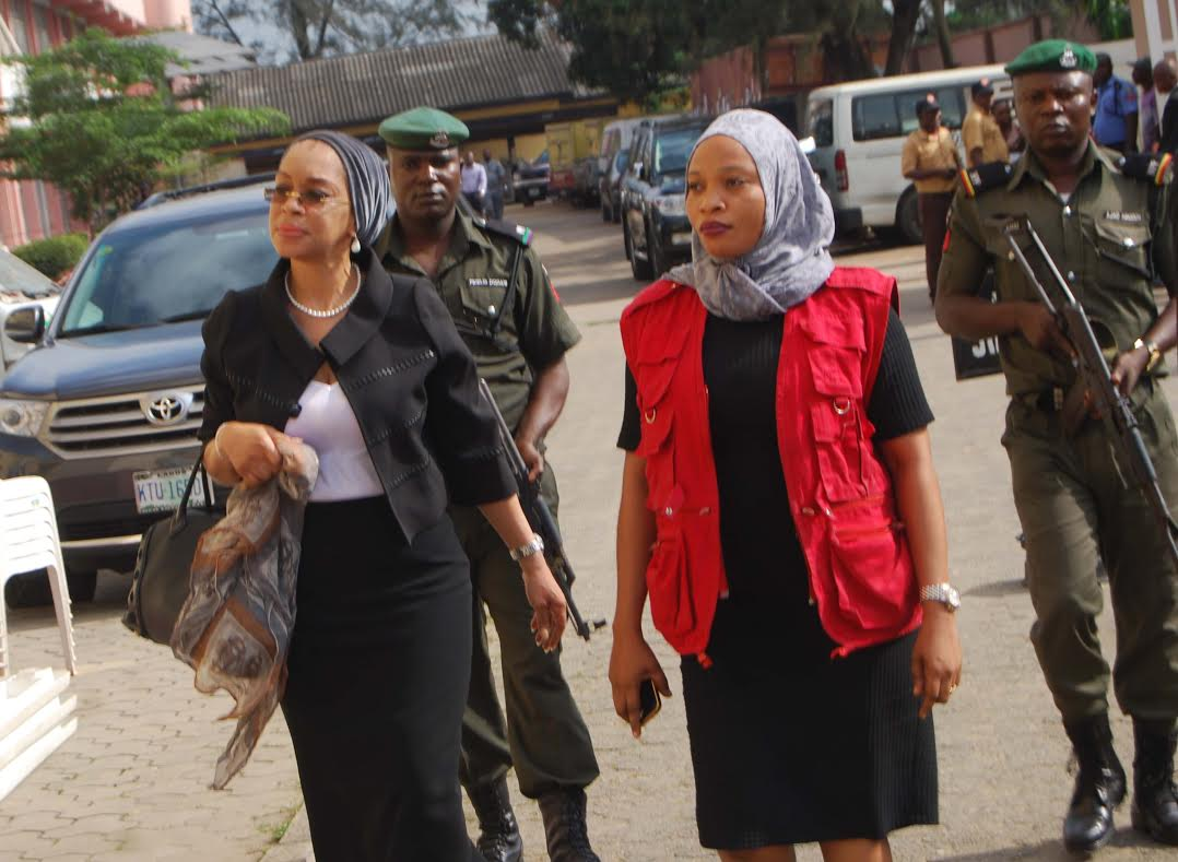 Drama As Former Judge Is Arrested By EFCC In High Court Over Corruption Charges 1