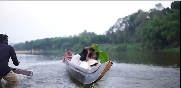 Hilarious Moment Couple Falls Into A River After Canoe Tipped During Pre-Wedding Photo Shoot 2