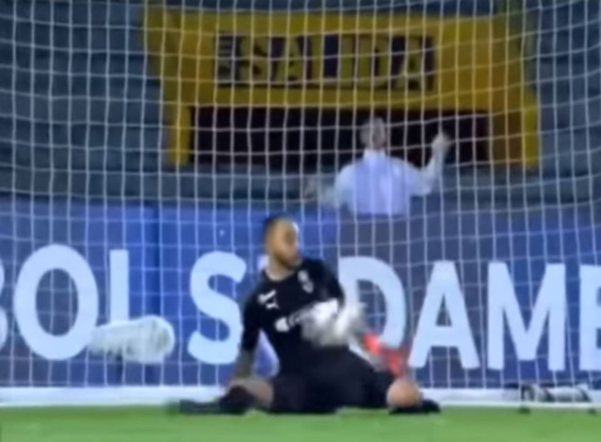 Football Player 'Fired On The Spot' By His Club After Missing Penalty In Crucial Game [Photos] 3