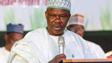Governor Amosun Appoints 1000 Ogun Workers, One Month To End Of His Tenure 1