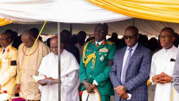 Yakubu Gowon Slumps During David Ejoor's Burial Ceremony In Delta State 11