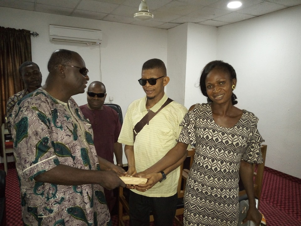 Governor Obiano Offers Automatic Employment To Newly Deaf Couple In Anambra [Photos] 2
