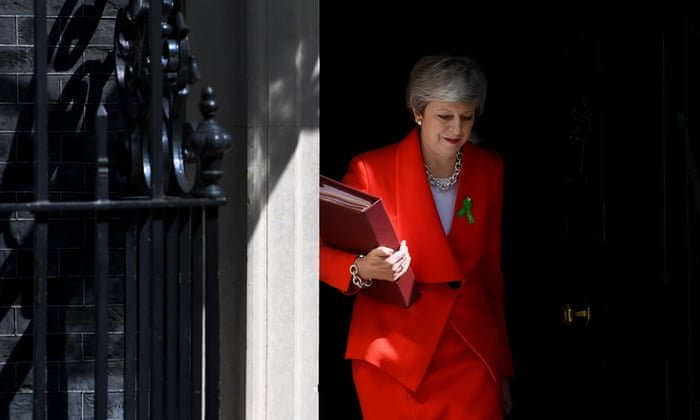 UK Prime Minister Theresa May resigns - Breaking News 1
