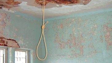 Man Commits Suicide After Killing His Wife And Son Over 'Jealousy And Infidelity' In Lagos 15