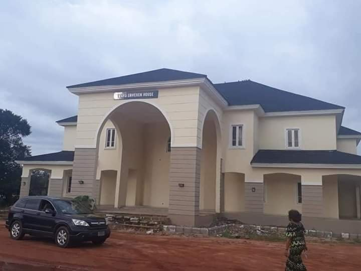 Rochas Okorocha Present Brand New Houses, Suv Cars To Former Governors Of Imo State [Photos] 5