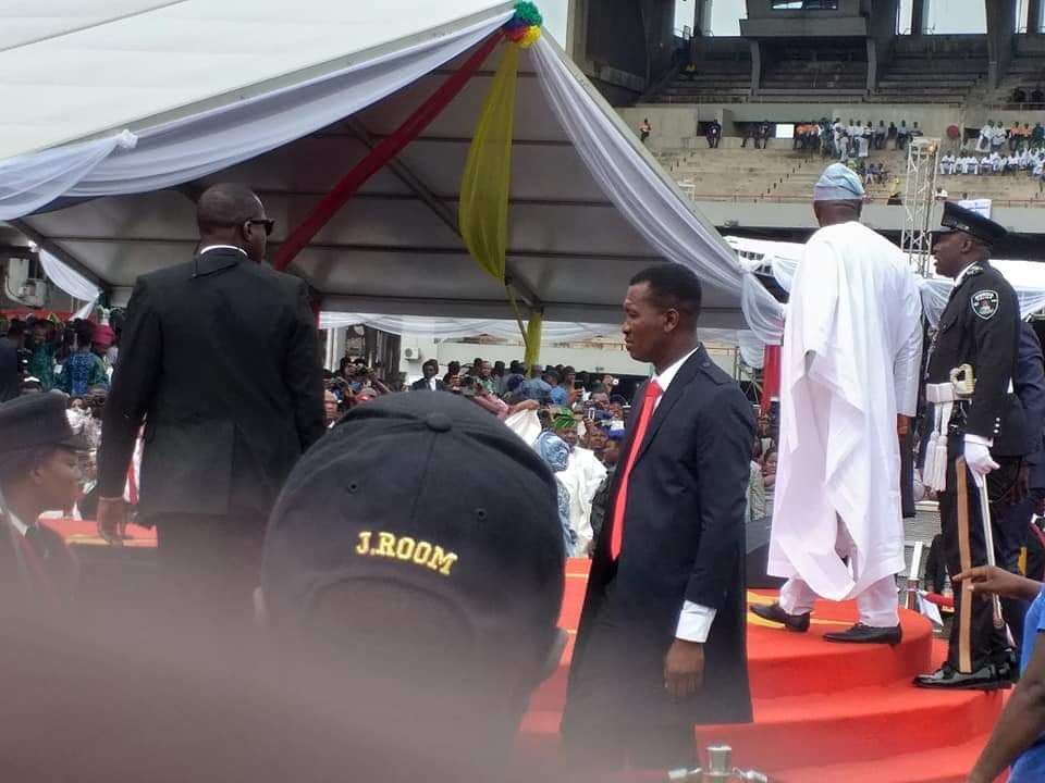 PHOTONEWS: Babajide Sanwoolu arrives for his Inauguration as the new governor of Lagos State 2