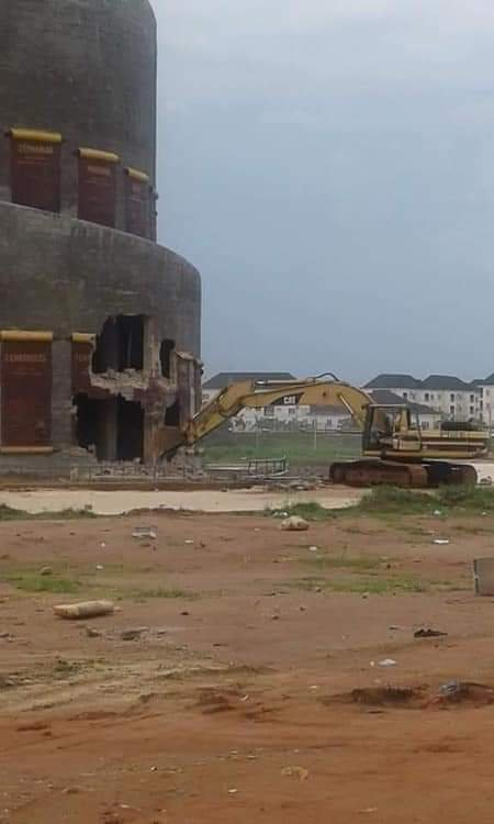 I did not order the demolition of Rochas Okorocha's monument - Emeka Ihedioha 1