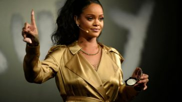 Rihanna's Huge Net Worth Revealed As She Becomes World's Richest Female Musician 4
