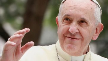 Pope Francis changes ''Our Lord's Prayer'' because of ''Lead us not into temptation'' line'' 9