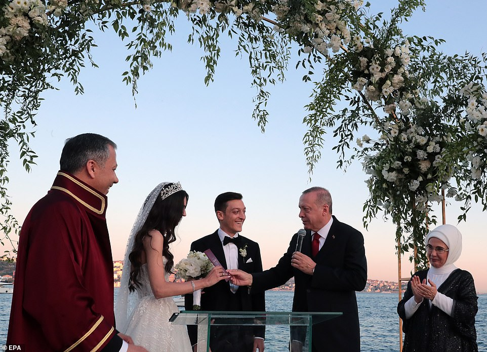 Arsenal Star Mesut Ozil Marries In Istanbul, With Turkish President Erdogan As His Best Man [Photos] 1