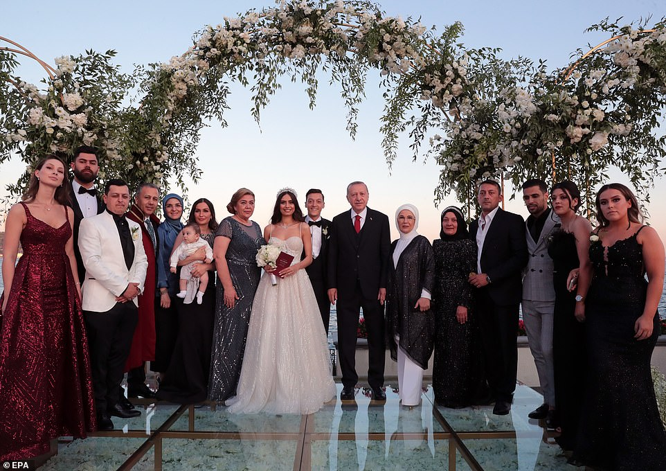 Arsenal Star Mesut Ozil Marries In Istanbul, With Turkish President Erdogan As His Best Man [Photos] 2