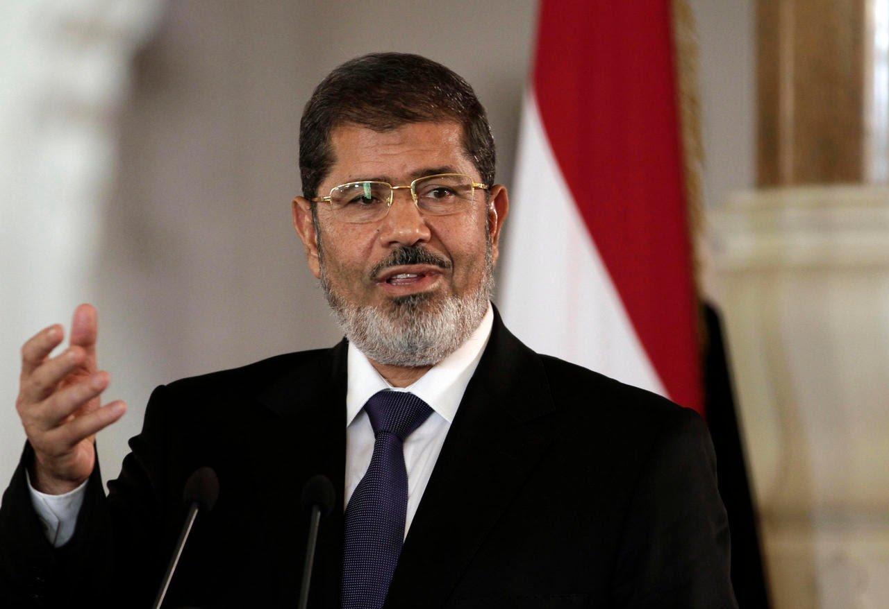 Former Egypt President Mohammed Morsi dies after collapsing in court. 1