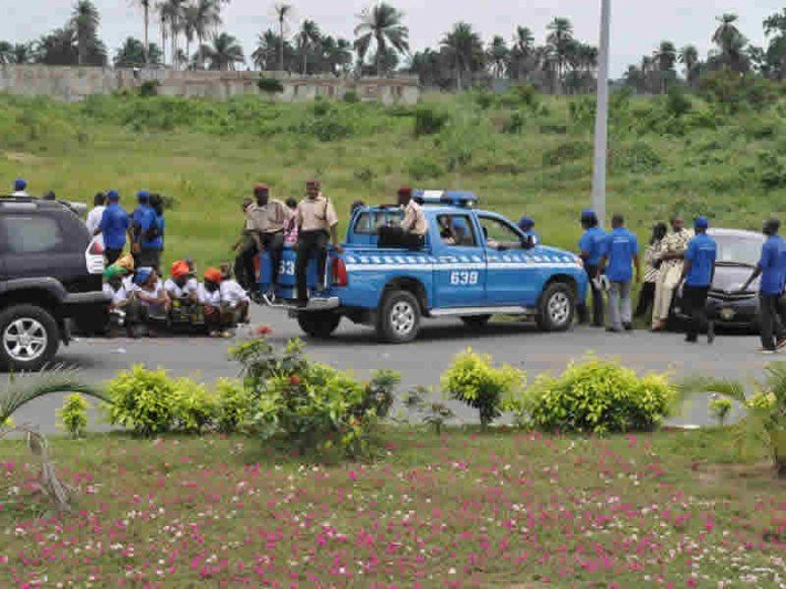 Federal Road Safety Corps seeks partnership with Guild of Professional Bloggers to curb road indiscipline 1