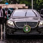 Controversial Photo Of Gbajabiamila's Securities Aides Running After His Car Inside Rain 28