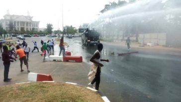 Shiites Clashes With Nigerian Police And Army Again While Trying To Stage Another Protest In Abuja [Video] 11