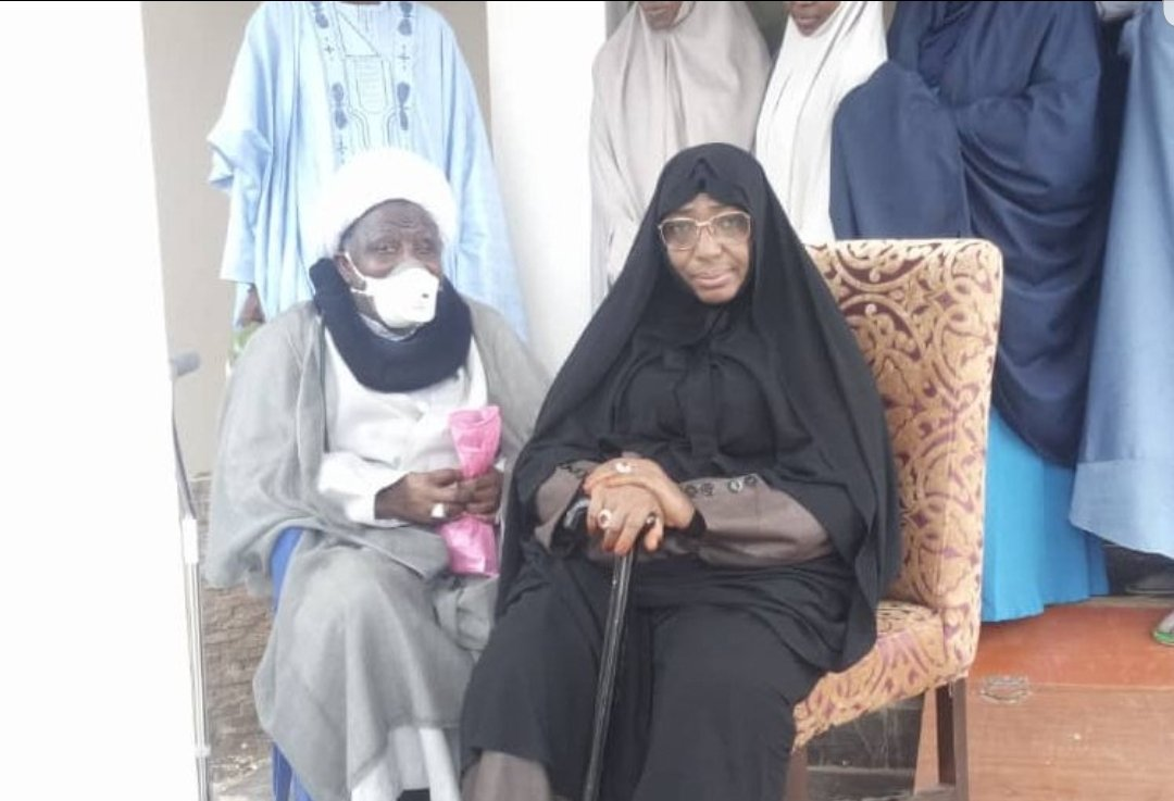 Picture of El-zakzaky and wife at Abuja airport on their way to India for medical treatment - BREAKING NEWS 1