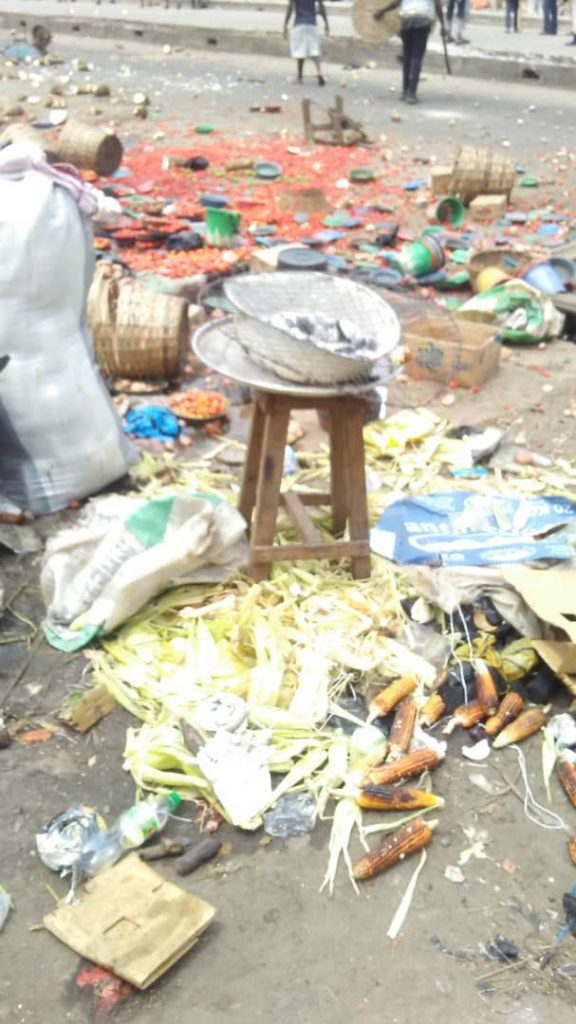 Two People Killed, Many Others Injured As Yoruba And Hausa Youths Clash In Lagos Market [Photos/Video] 4