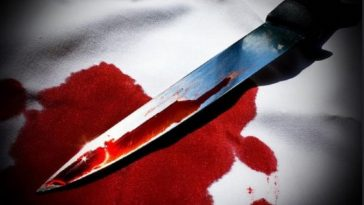 Naval Officer Stabs Airforce Officer After He Caught Him Red-Handed Having Sεx With His Wife 9