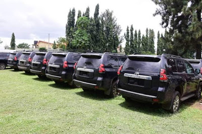 Governor Akeredolu Buys 16 Brand New Toyota Prado Jeep For All Judges In Ondo [Photos] 5