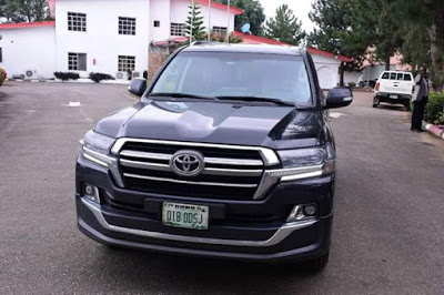 Governor Akeredolu Buys 16 Brand New Toyota Prado Jeep For All Judges In Ondo [Photos] 4