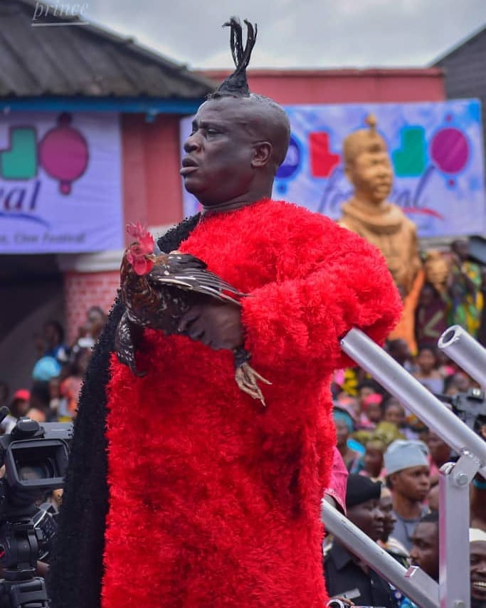 Ooni Of Ife And His Prophetess Wife Worship Idols At The Olojo Festival In Osun [Photos] 3