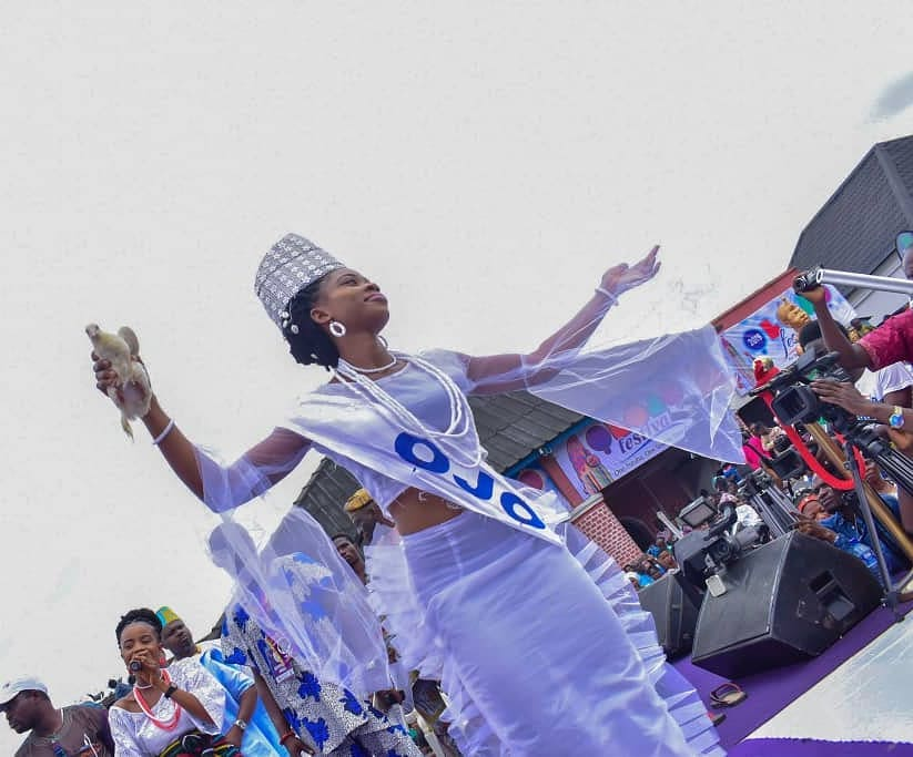 Ooni Of Ife And His Prophetess Wife Worship Idols At The Olojo Festival In Osun [Photos] 9