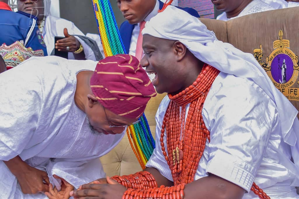 Ooni Of Ife And His Prophetess Wife Worship Idols At The Olojo Festival In Osun [Photos] 13