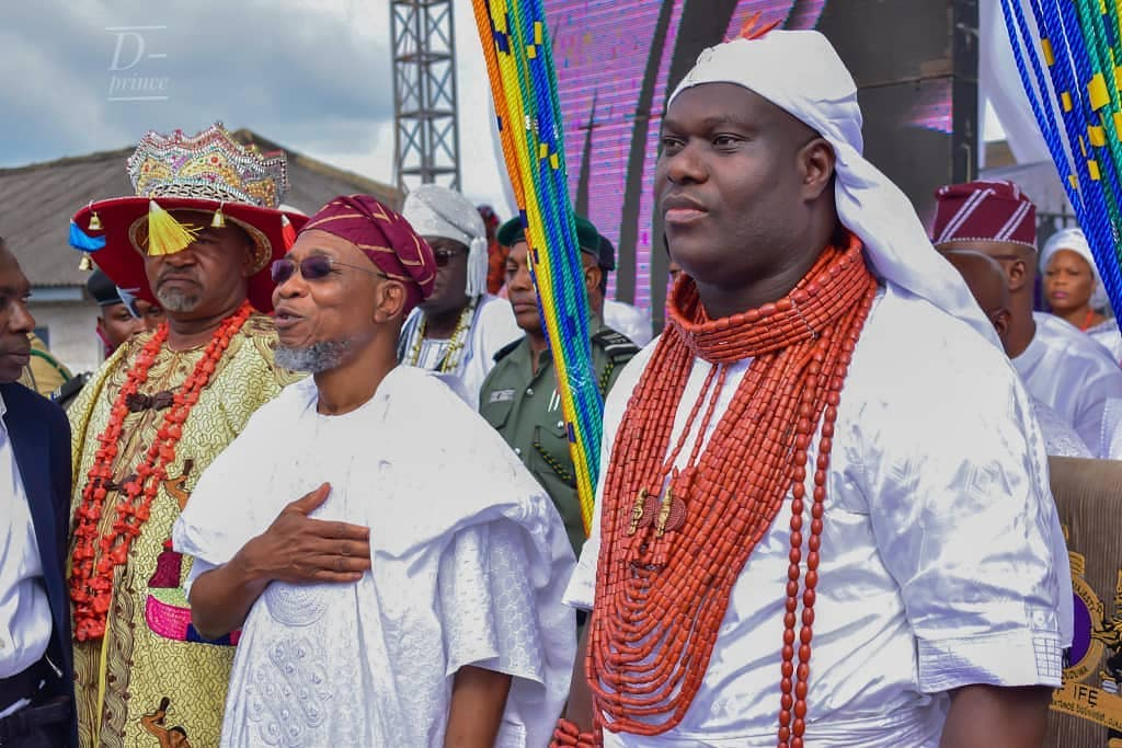 Ooni Of Ife And His Prophetess Wife Worship Idols At The Olojo Festival In Osun [Photos] 15