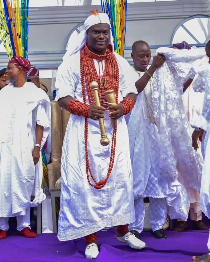 Ooni Of Ife And His Prophetess Wife Worship Idols At The Olojo Festival In Osun [Photos] 17