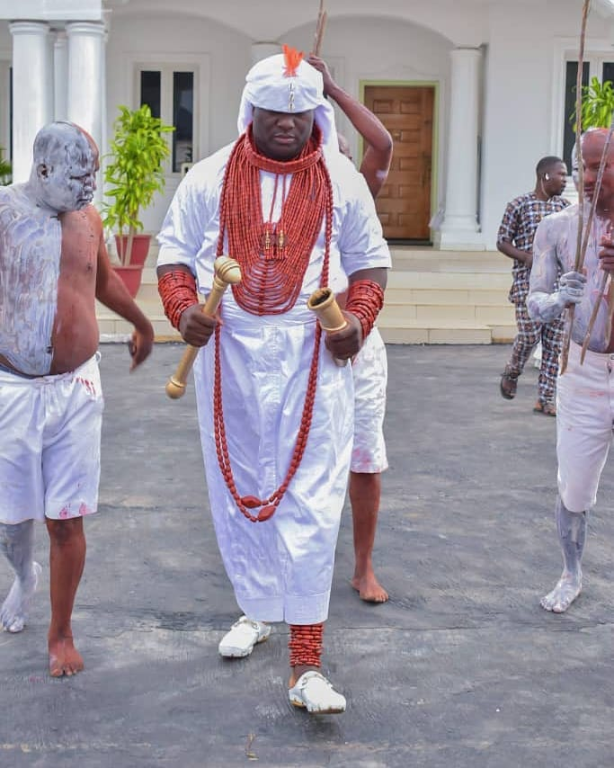 Ooni Of Ife And His Prophetess Wife Worship Idols At The Olojo Festival In Osun [Photos] 18
