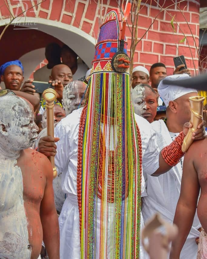 Ooni Of Ife And His Prophetess Wife Worship Idols At The Olojo Festival In Osun [Photos] 19