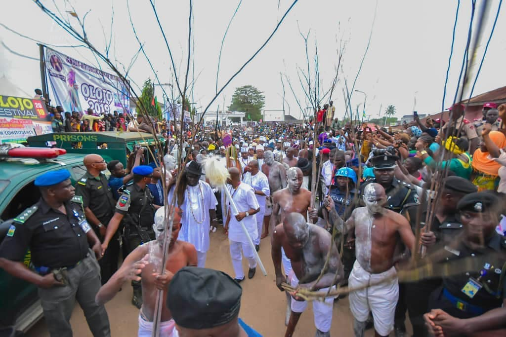 Ooni Of Ife And His Prophetess Wife Worship Idols At The Olojo Festival In Osun [Photos] 23