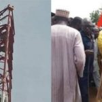 Man Climbs Mast In Kebbi, Vows Not To Come Down Till President Buhari Resigns [Photos] 27