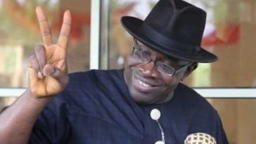 6000 APC Members Decamp To PDP Ahead Of Next Month's Governorship Election In Bayelsa 6