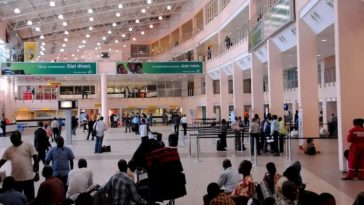 44-Year-Old Nigerian Man Slumps And Dies At Lagos Airport After Receiving News Of Wife's death 2