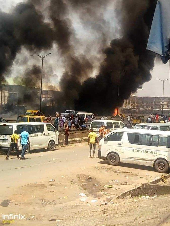 Breaking News: Fire Outbreak In Onitsha As Tanker Loaded With Fuel Lost Its Break [Video] 1