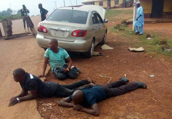 Suspected APC Thugs Arrested With Weapons On Their Way To Disrupt Kogi Election [Photos] 1