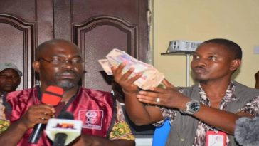 INEC Collation Officer Submits N50,000 Bribe Paid To Him By Politician During Kogi Election 2