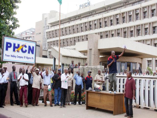 NEPA/PHCN: Total Blackout Across Nigeria As Electricity Workers Begins Nationwide Strike 1