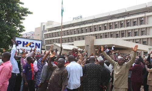 NEPA/PHCN: Total Blackout Across Nigeria As Electricity Workers Begins Nationwide Strike 2