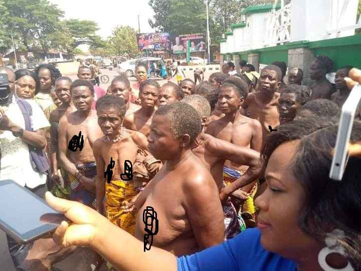 Over 100 Women Protests Half Naked Against Unlawful Detention Of Their Children In Ebonyi 1
