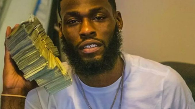 Bank Employee Arrested After Posing On Social Media With $88,000 Cash He Allegedly Stole 1