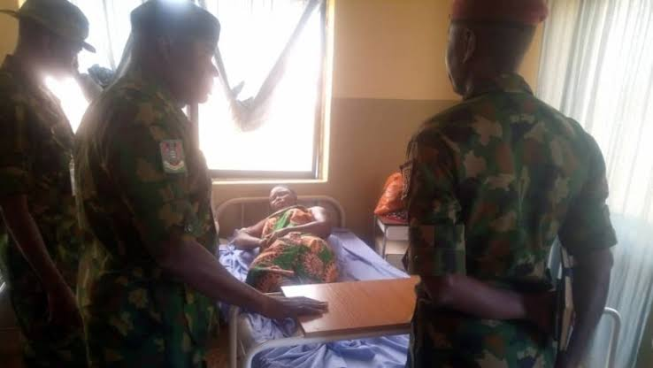 Soldier Allegedly Kills Colleague And Mother Of Five With Knife, Stabs Own Wife & Son In Osun 1
