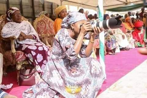 Nigerians Reacts As Buhari's Youngest Daughter Arrives Bauchi In Presidential Jet For Photoshoots 2